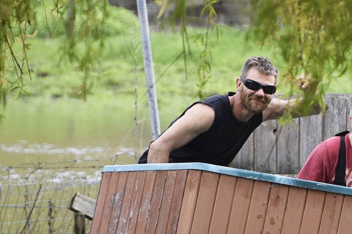 Curtis Sagmoen seen helping neighbours deal with floods in Salmon Arm. (Black Press/files)
